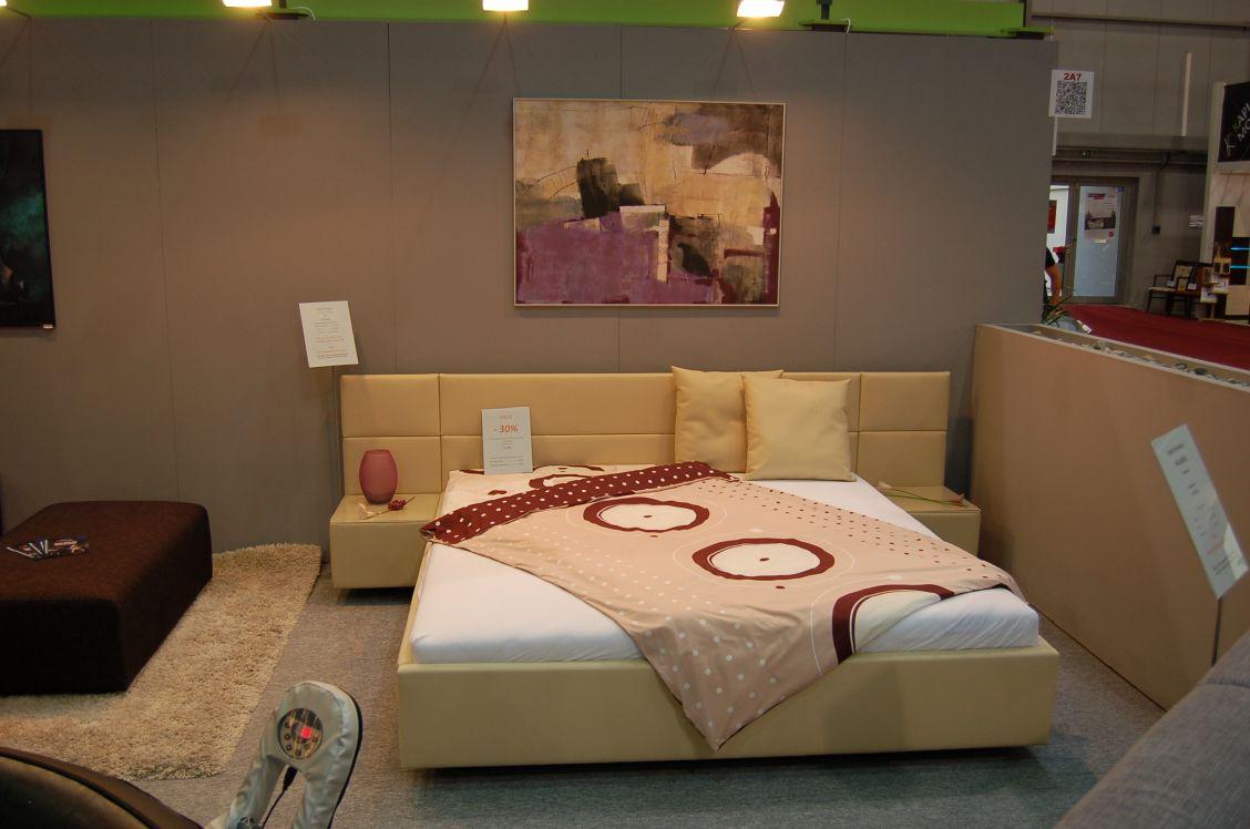 Akční slevy - Čalouněná postel Grácie